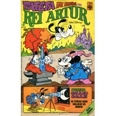 Pateta Faz História 4 (1982)