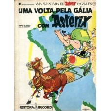 41442 Asterix 10 (1985) Editora Record