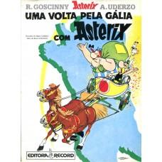 Asterix 10 (2001)