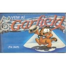 35689 Vem aí Garfield (1982) Editora Cedibra